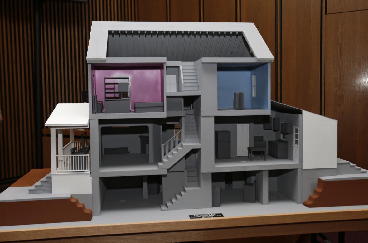 Model Castrova domu u soudu