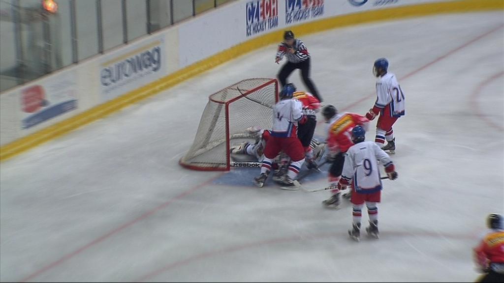 Švýcaři vedli po první třetině nad Čechy 3:0