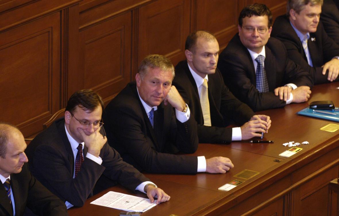 Topolánkova vláda bez důvěry