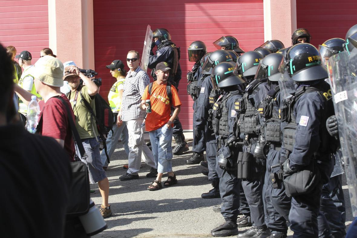 Policejní opatření při shromáždění radikálů ve Vítkově