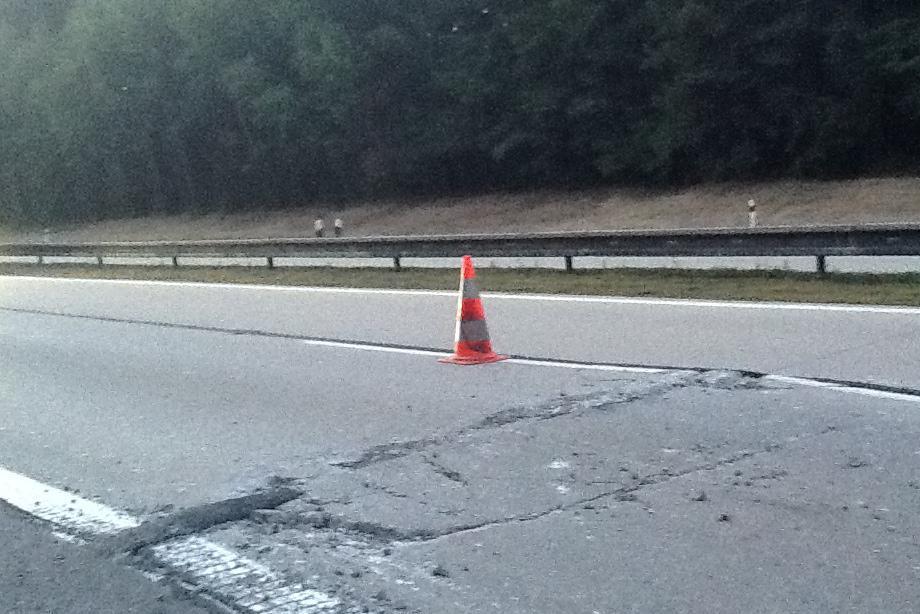 Popraskaná dálnice D1