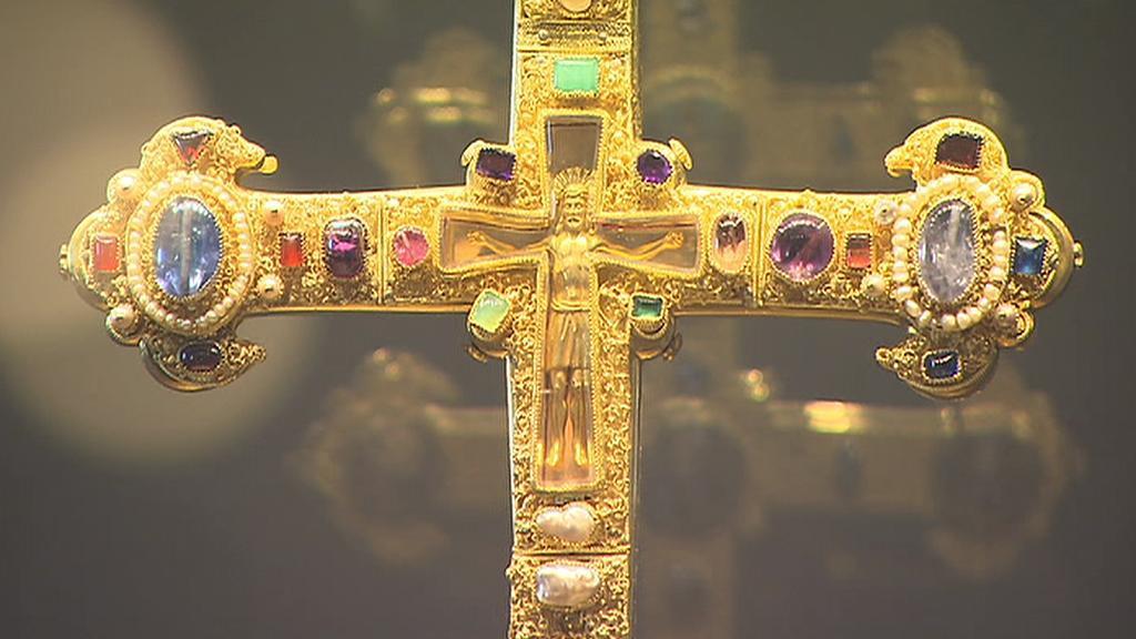 Závišův kříž (detail)