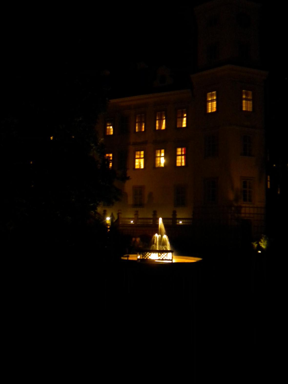 Hradozámecká noc na zámku v Mníšku