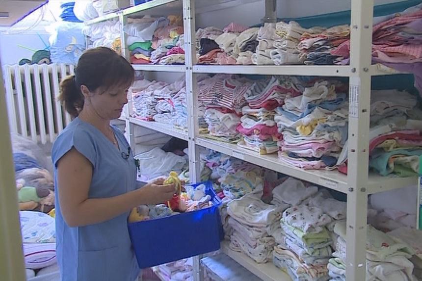 S pletením už sestrám pomáhají i další dobrovolníci
