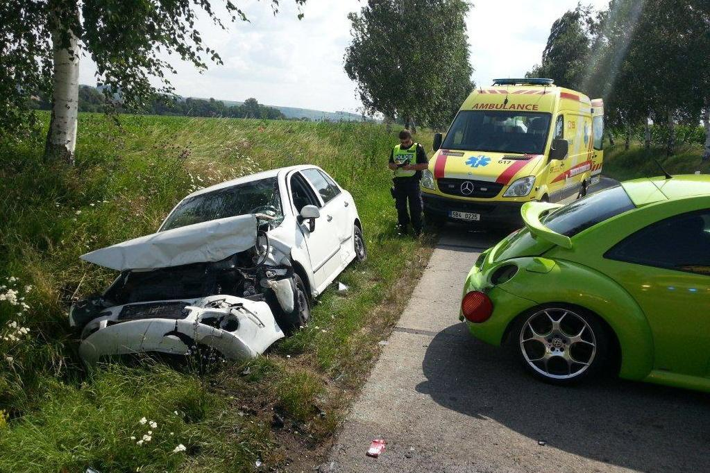 Ve Veselí nad Moravou se srazila tři auta