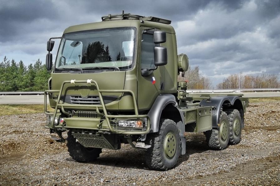 Armádní Tatra T810