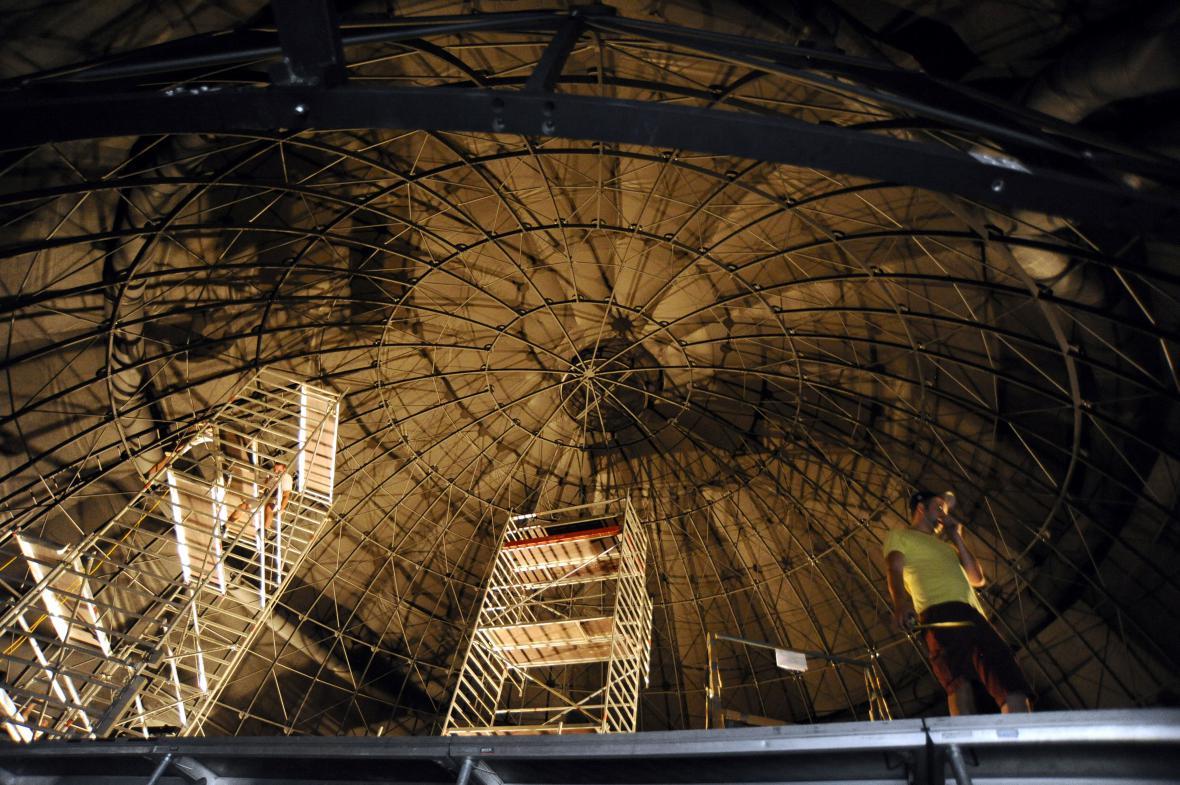 Brněnská hvězdárna bude mít novou sférickou projekční plochu