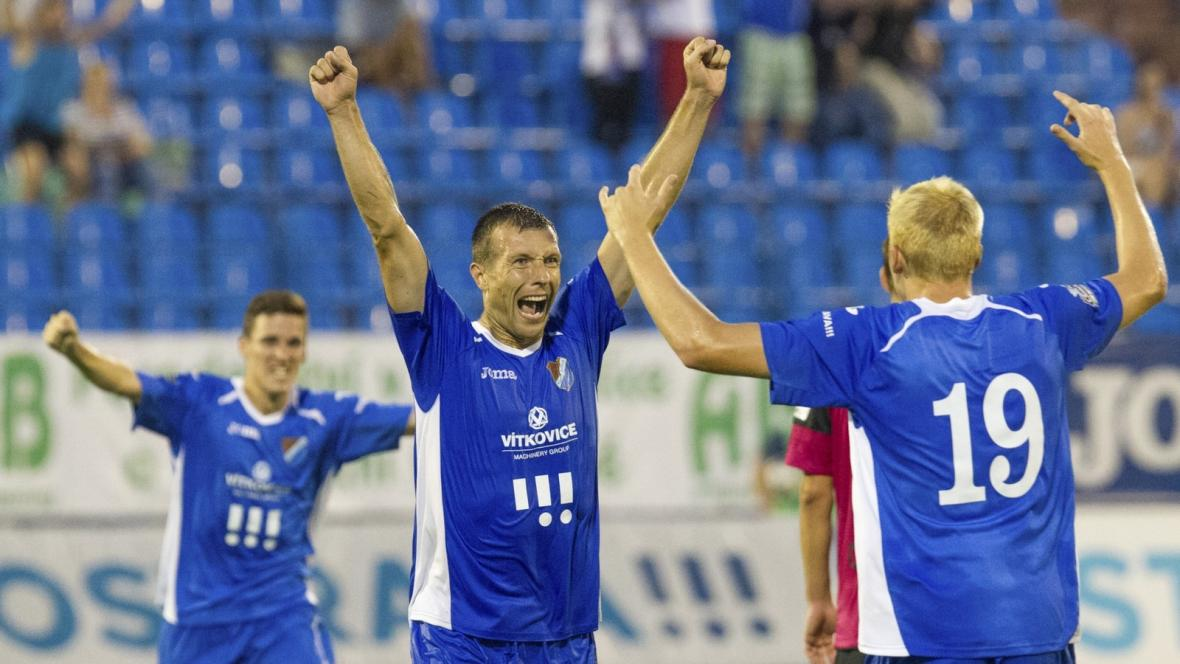 Slavící hráči Baníku Ostrava