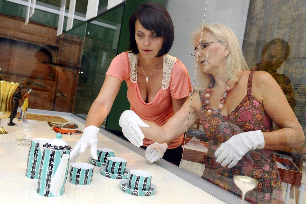 Většinu servisu vystavuje Uměleckoprůmyslové muzeum v Brně