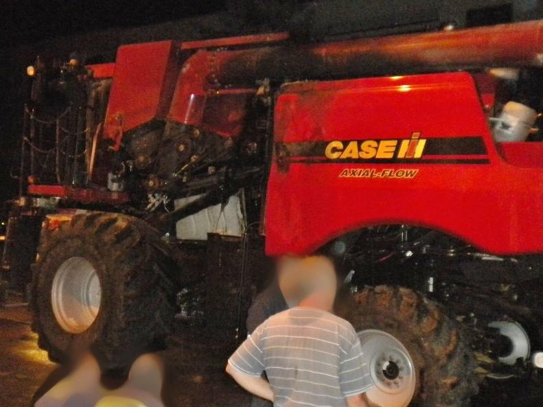 Požár kombajnu pravděpodobně způsobila technická závada