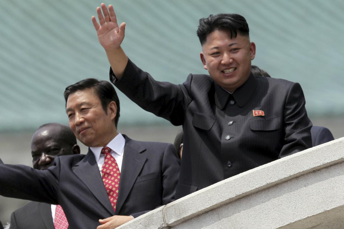 Kim Čong-un při oslavách 60. výročí konce války