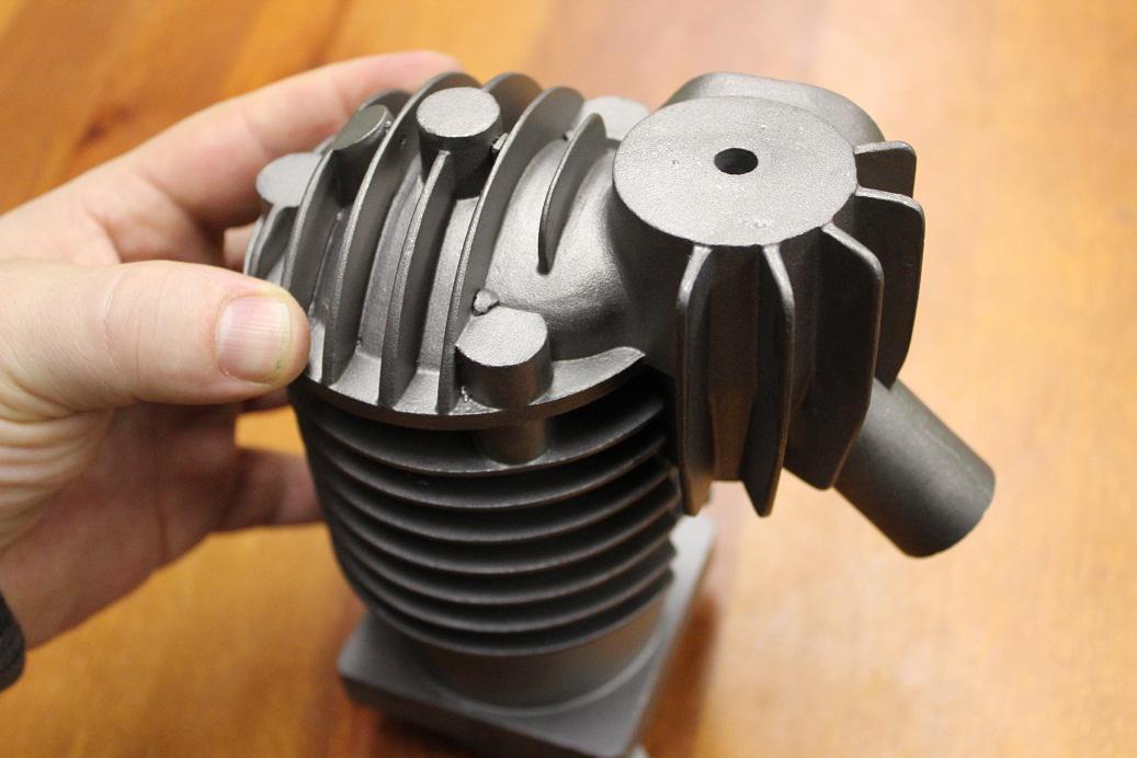 Součást motoru z 3D tiskárny