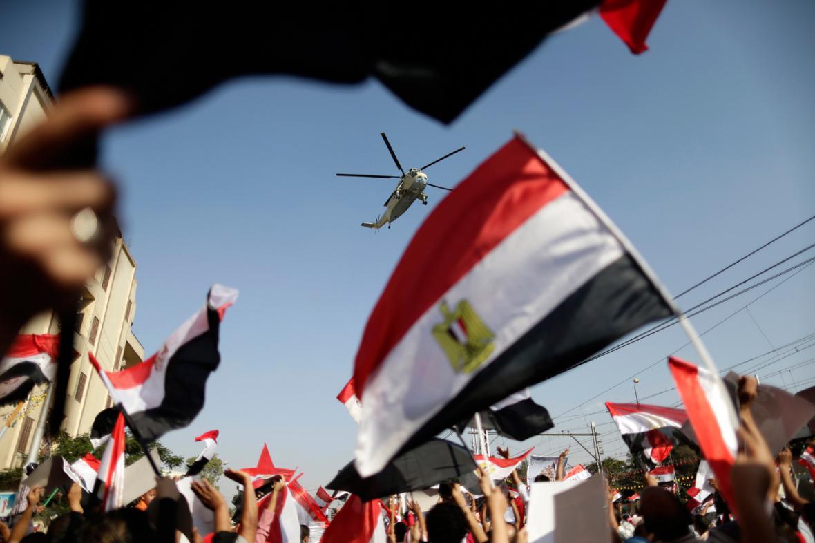 Demonstrace proti svrženému prezidentovi Mursímu v Káhiře