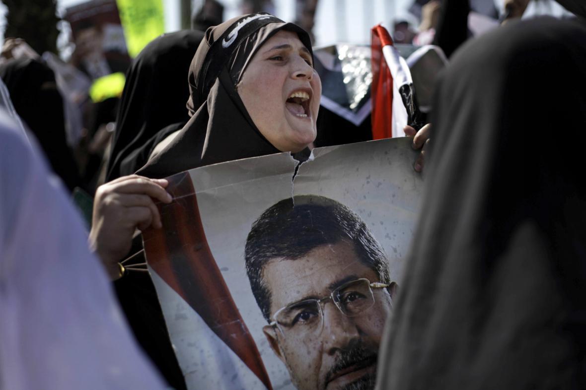 Protestní shromáždění za exprezidenta Mursího