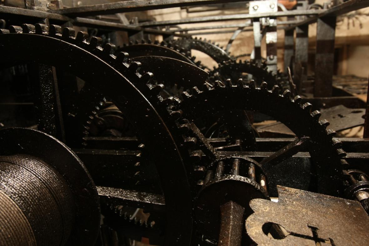 Barokní hodinový stroj