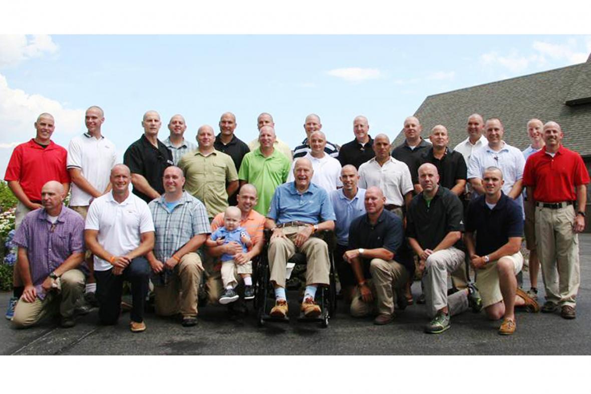 George Bush se svým bezpečnostním týmem
