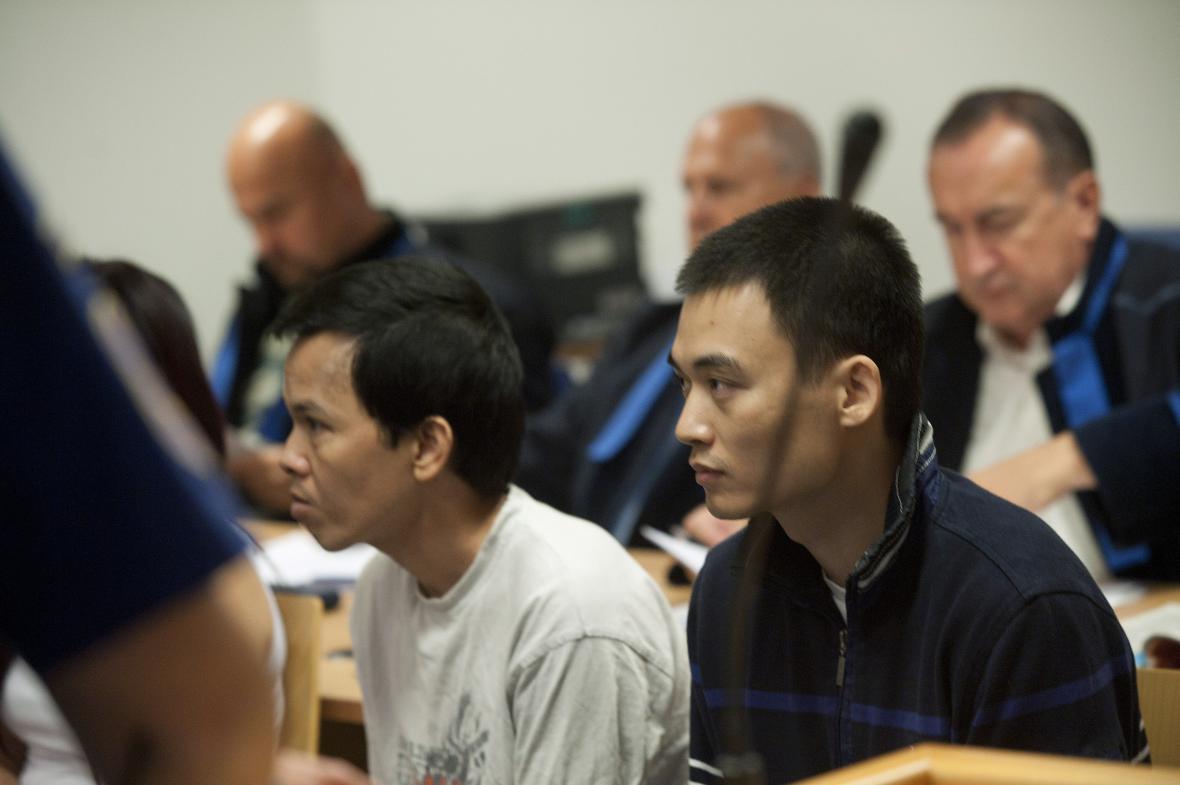 Soud s vietnamskými pěstiteli marihuany