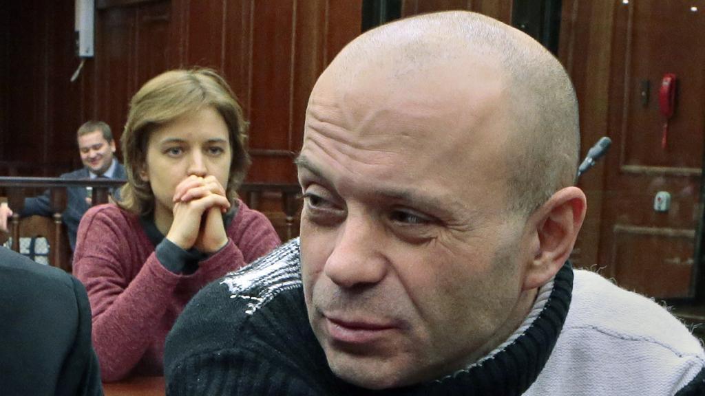 Dcera Politkovské sleduje u soudu Pavljučenka