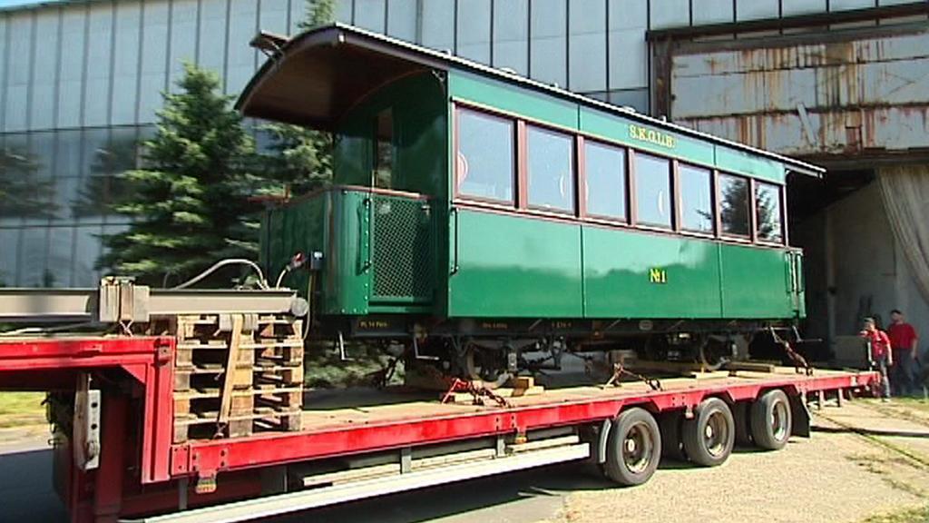 Jedinečný vagon míří z Krnova do Salzburku