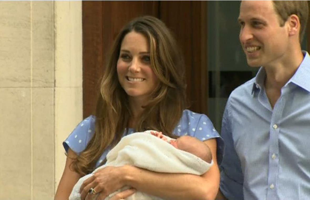Kate a William ukázali svého potomka veřejnosti