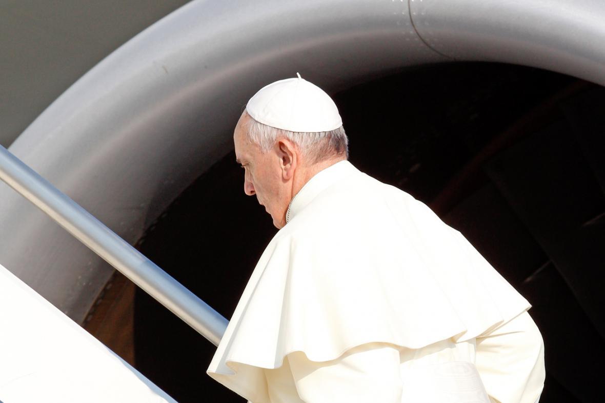 Papež František odletěl do Brazílie