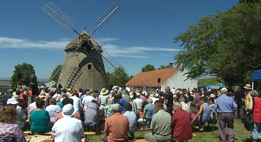 Horňácké slavnosti trvají od roku 1957