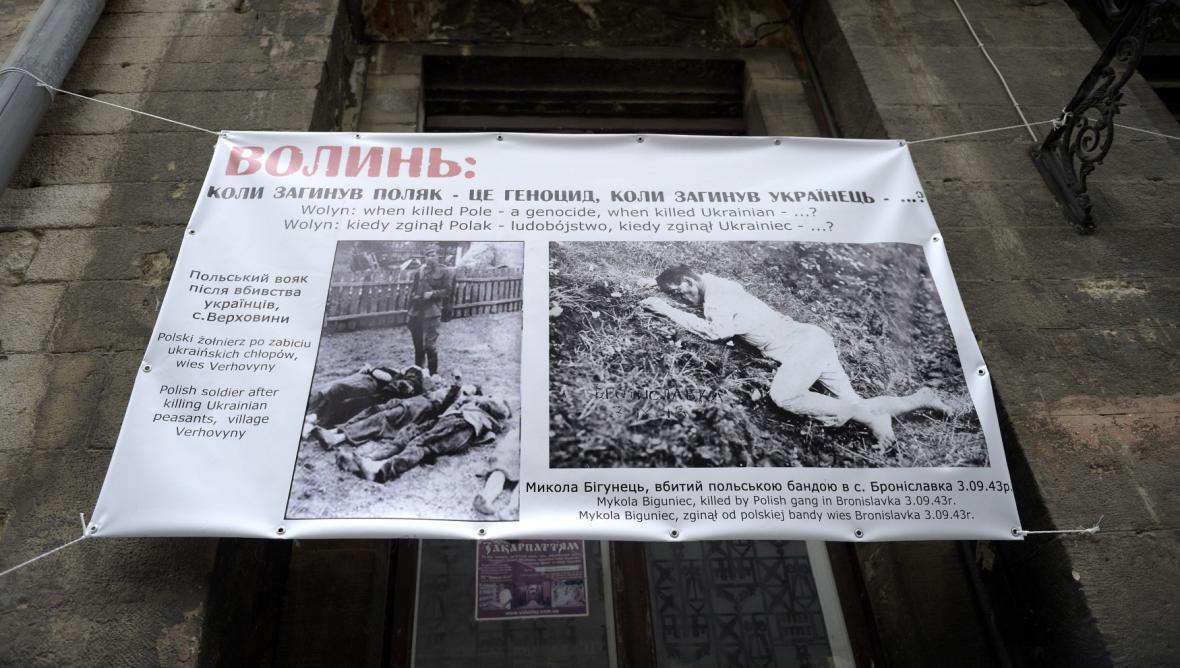 Transparent k masakru ve Volyni