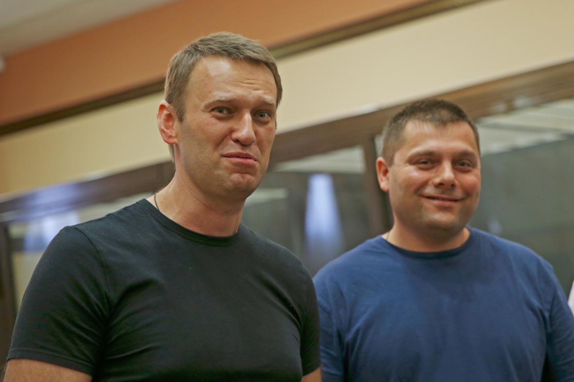 Alexej Navalnyj a Pjotr Oficerov