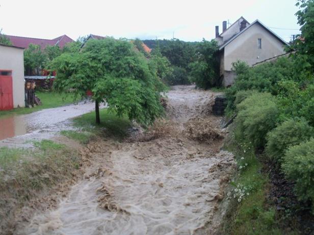 Velká voda přišla 10. června 2013