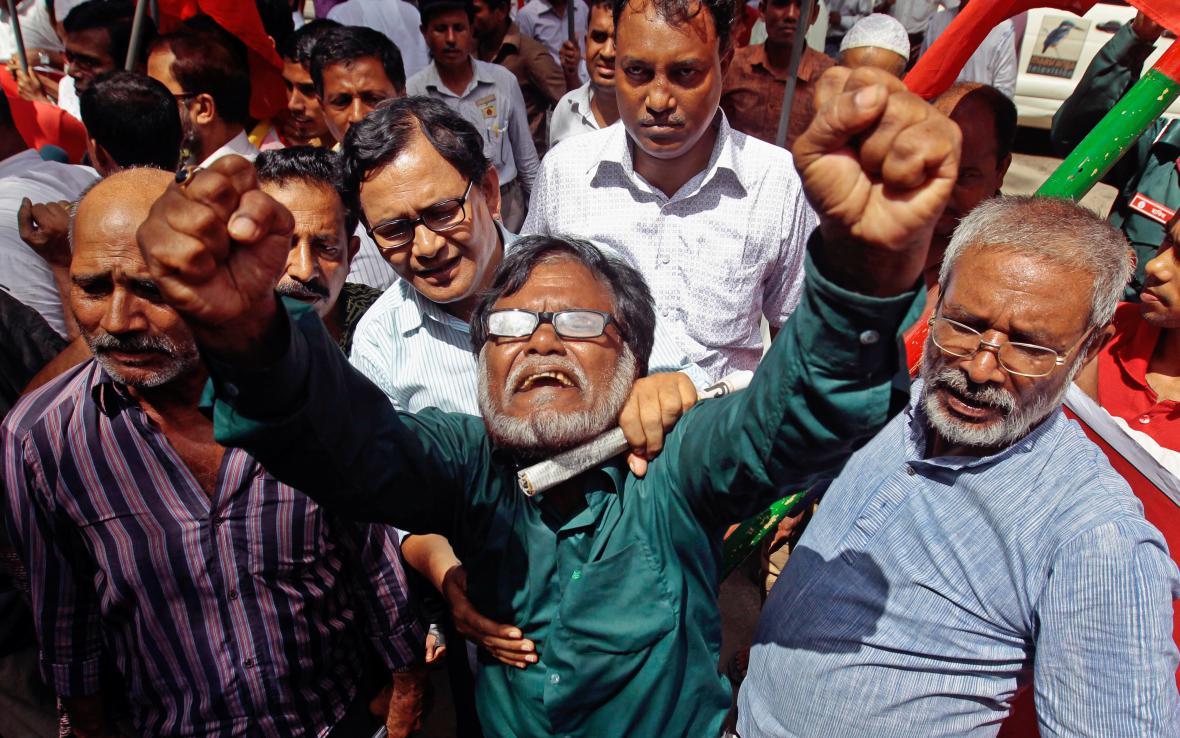 Protestující Bangladéšané