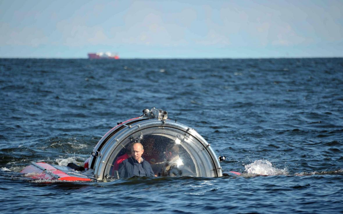 Vladimir Putin v ponorce