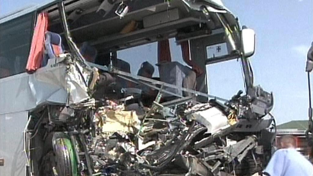 Nehoda autobusu CK Rialto v Srbsku