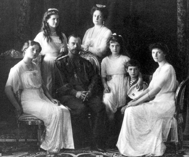 Mikuláš, Alexandra a jejich pět dětí