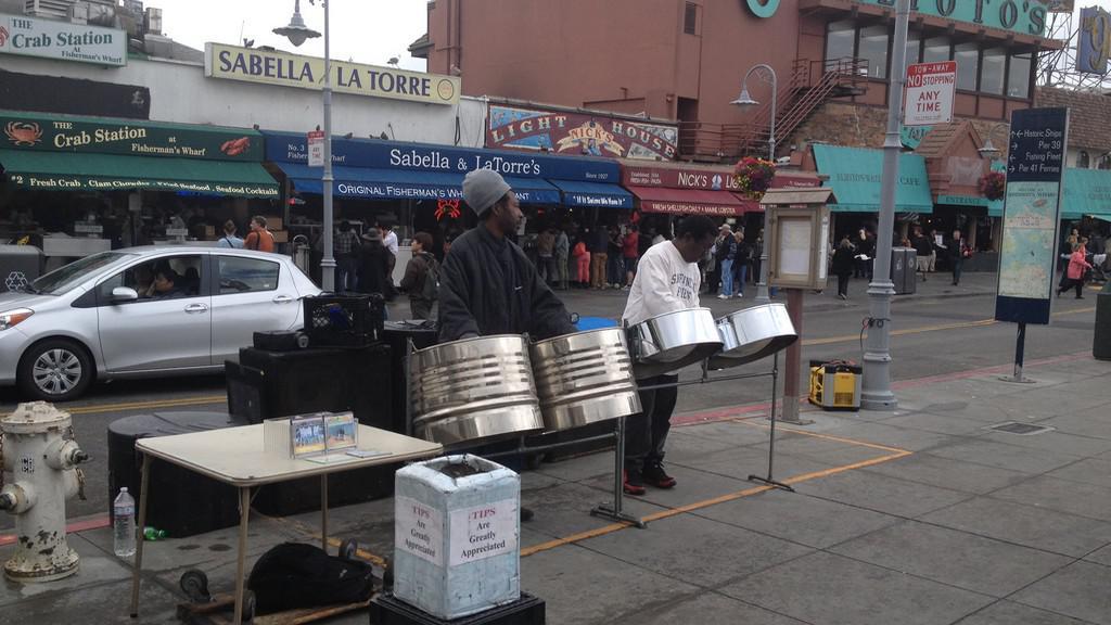 Lidoví umělci dokreslují atmosféru San Francisca