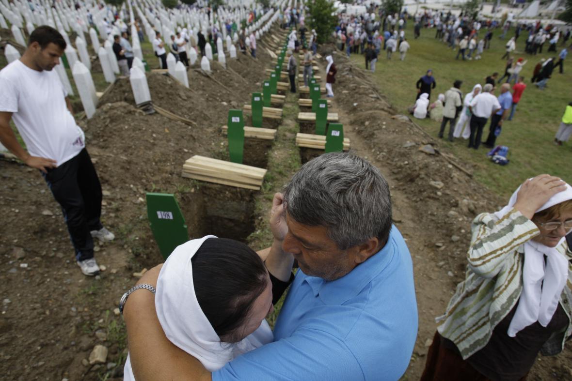 Pietní akt k výročí masakru v Srebrenici