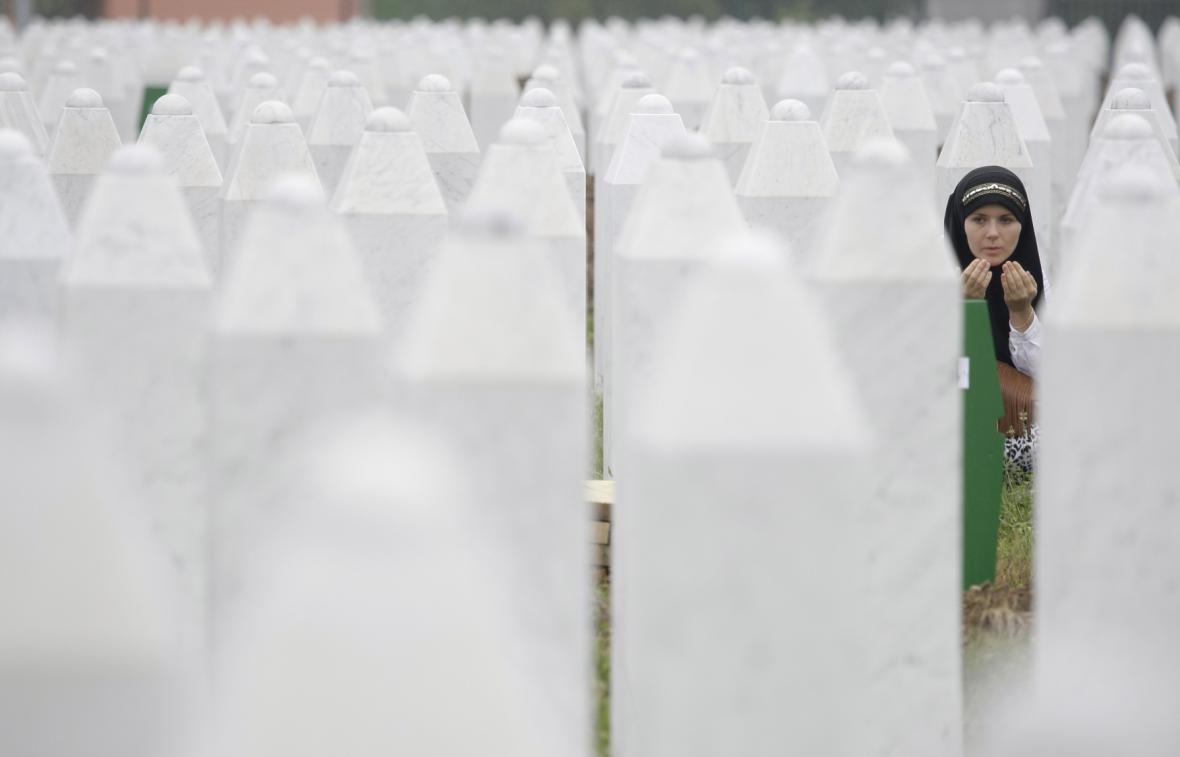 Pieta za oběti masakru v Srebrenici