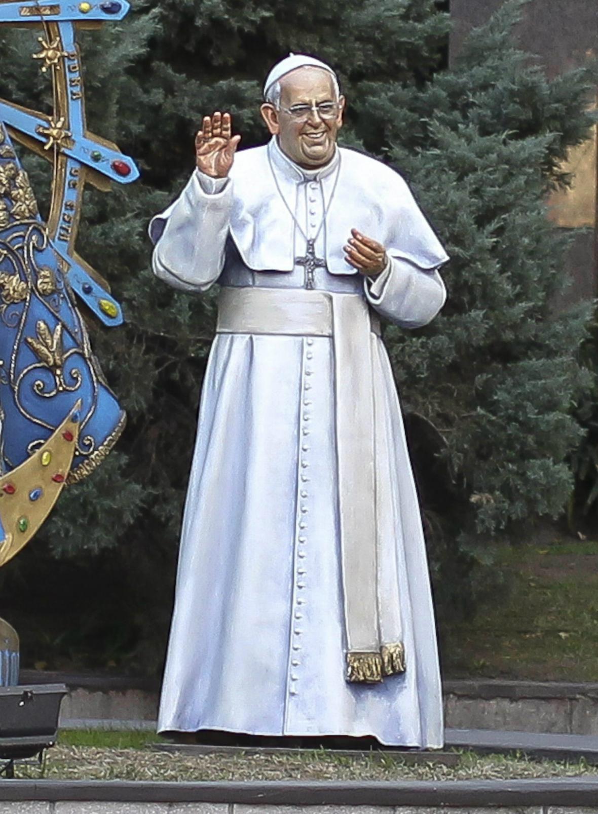 Františkova socha v Buenos Aires