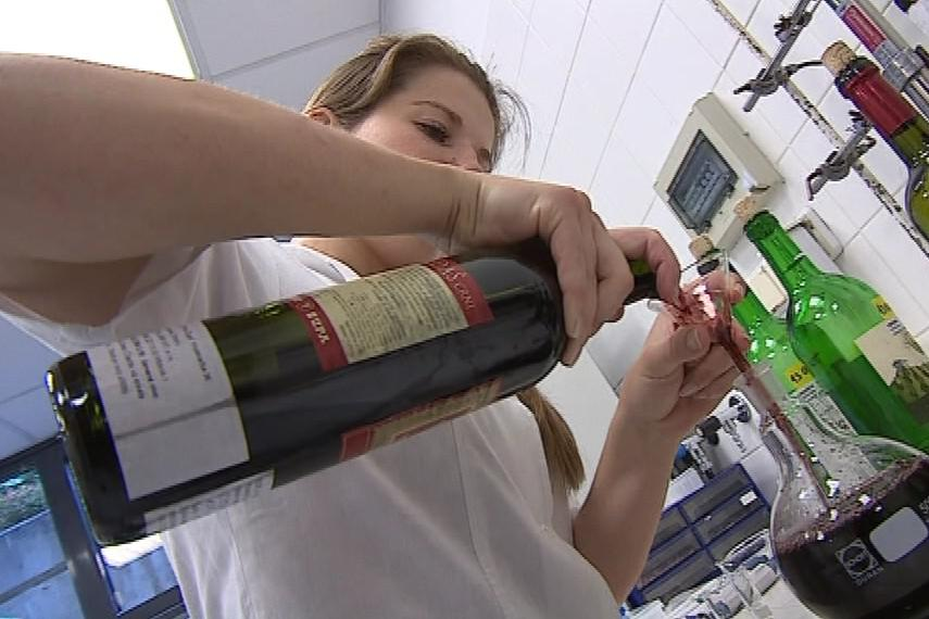 Častým nešvarem vinařů je ředění a doslazování