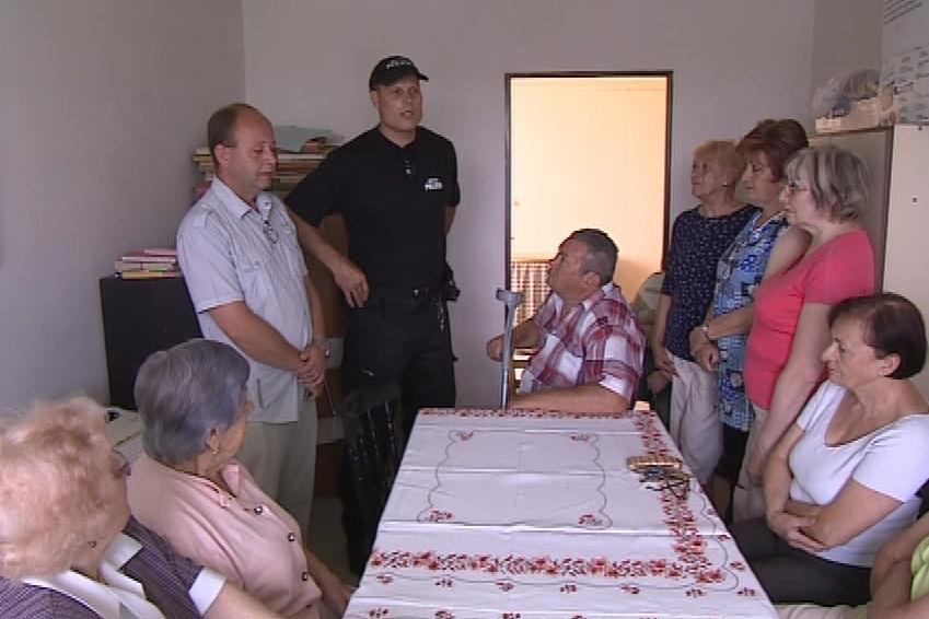 Setkání nového strážníka s obyvateli Ivanovic na Hané