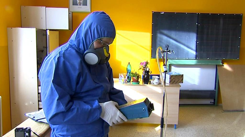 Odstraňování azbestu ze školy