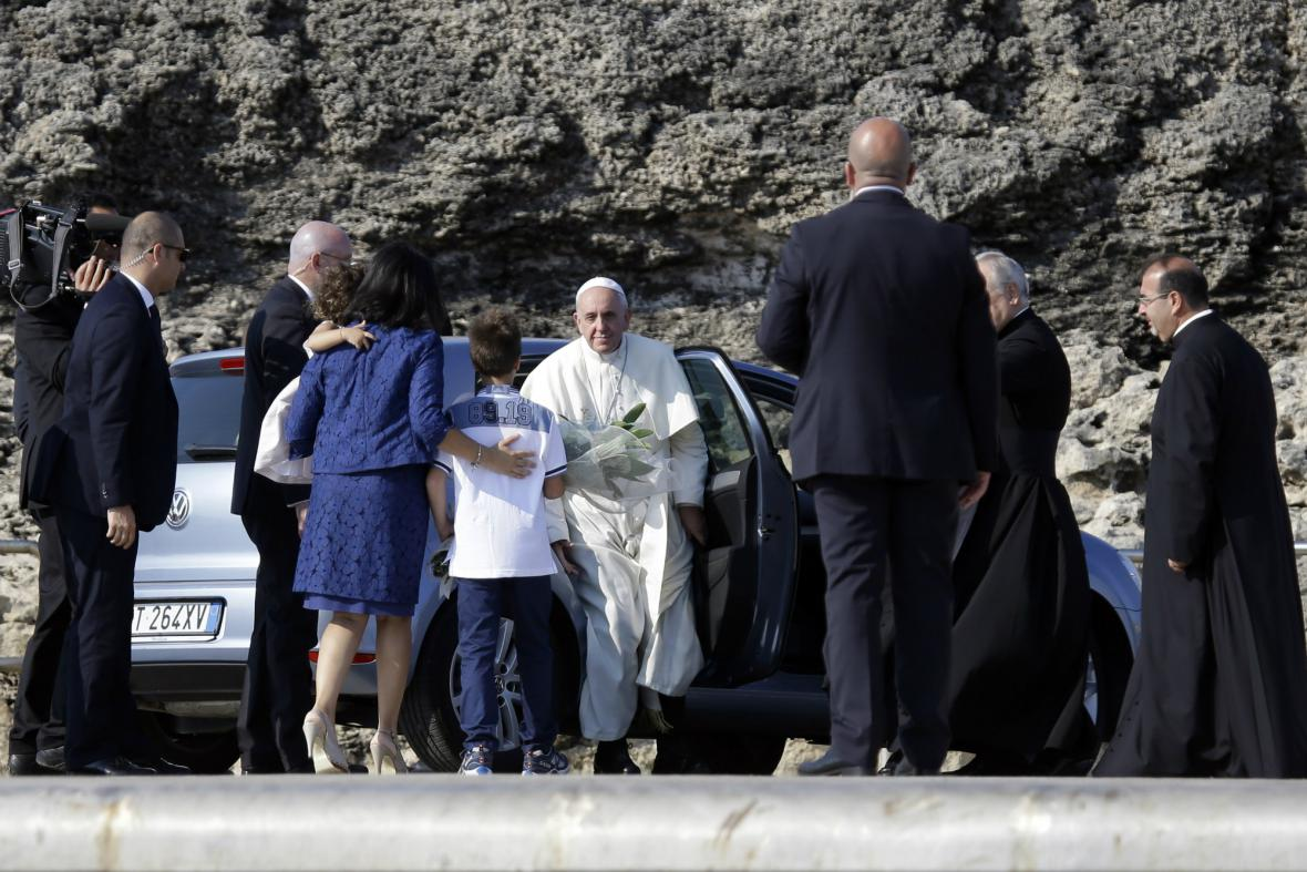 Papež František na Lampeduse