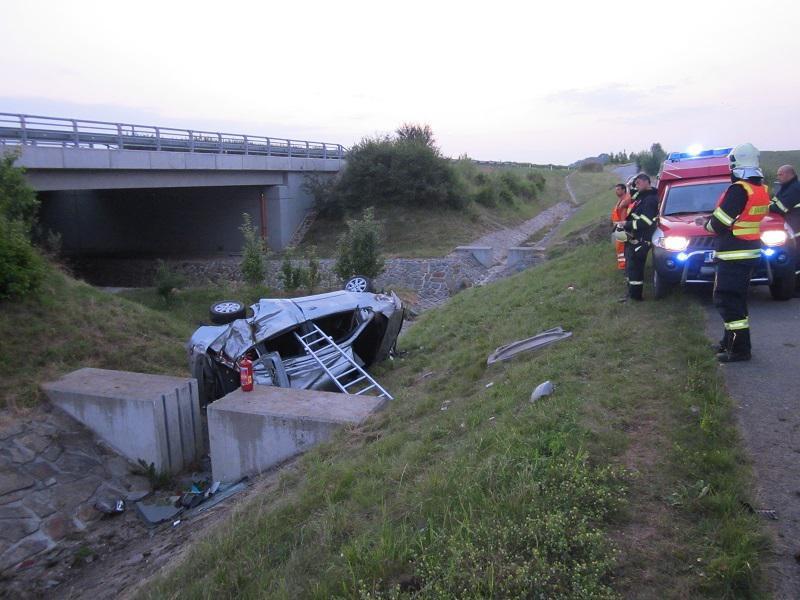 Nehoda si vyžádala dva lidské životy