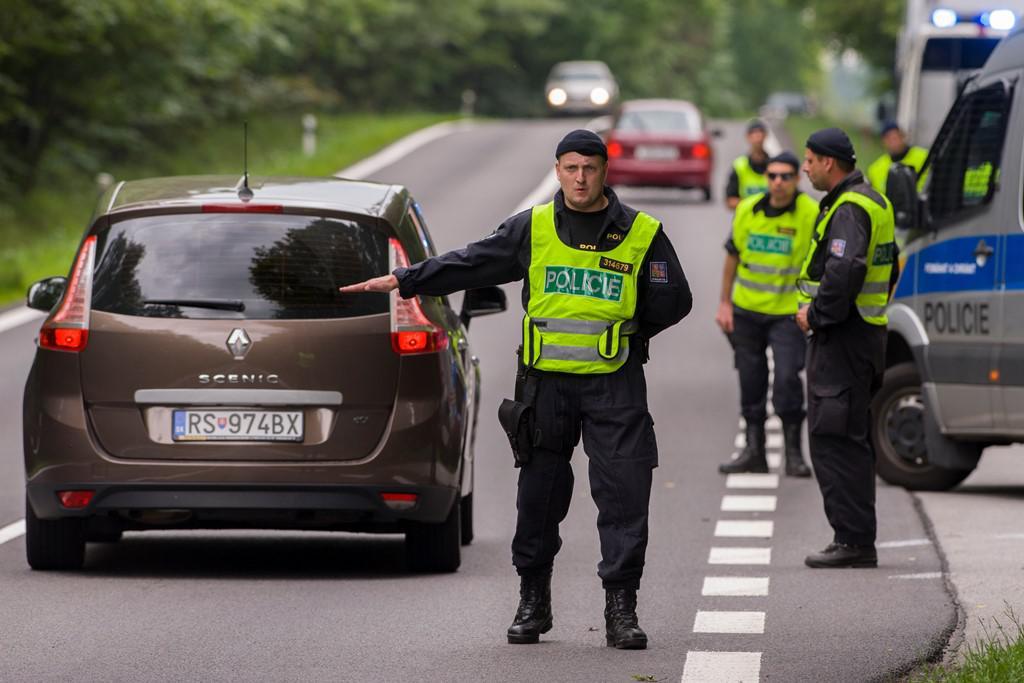 Policie kontroluje příjezdy do Českých Budějovic
