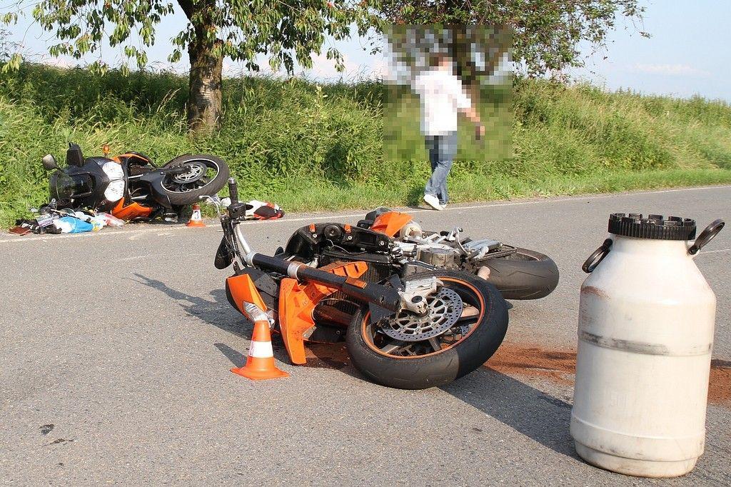 Nehoda tří motorkářů na Novojičínsku