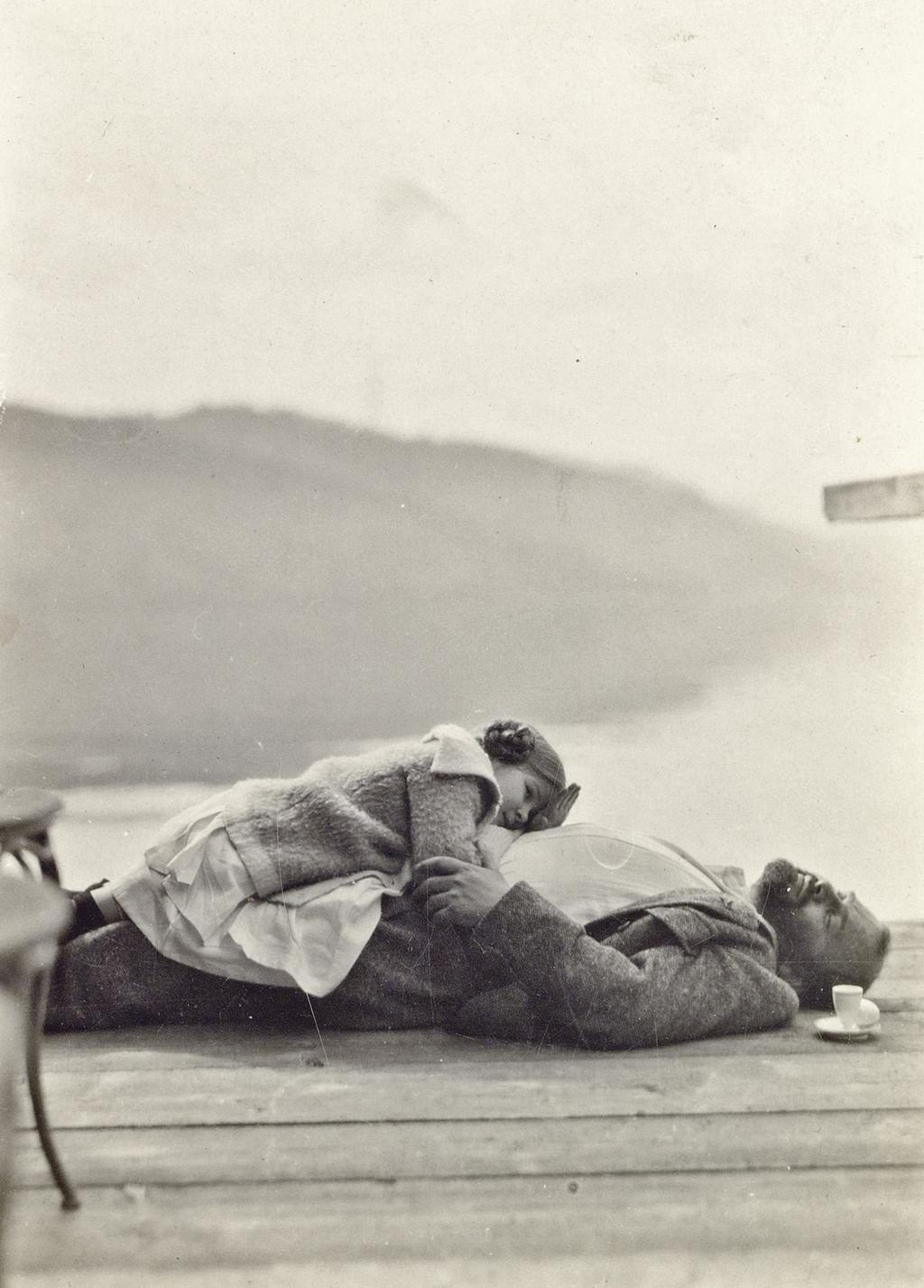Gustav Klimt s neteří Emilie Flögeové