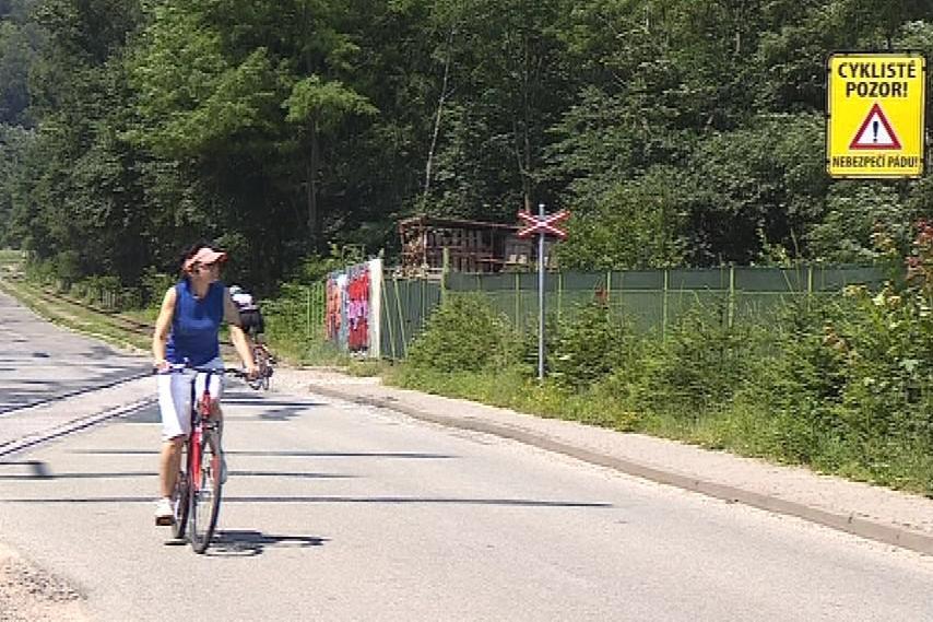Na přejezdu u Adamova se zraní desítky cyklistů ročně