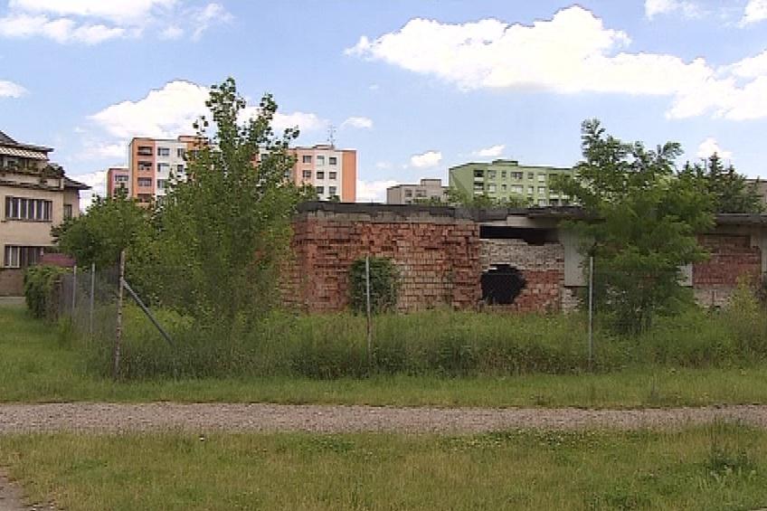 Na tomto místě stály budovy, které nechal Hodonín zdemolovat
