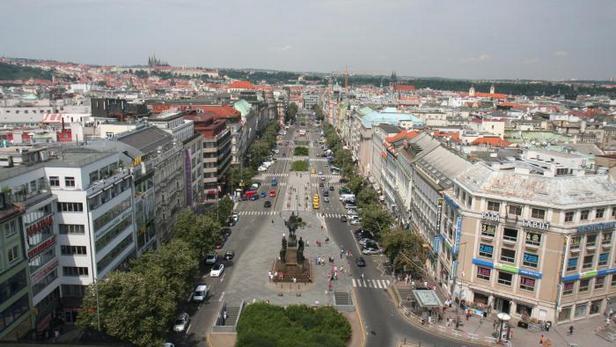 Pohled na Václavské náměstí z Národního muzea