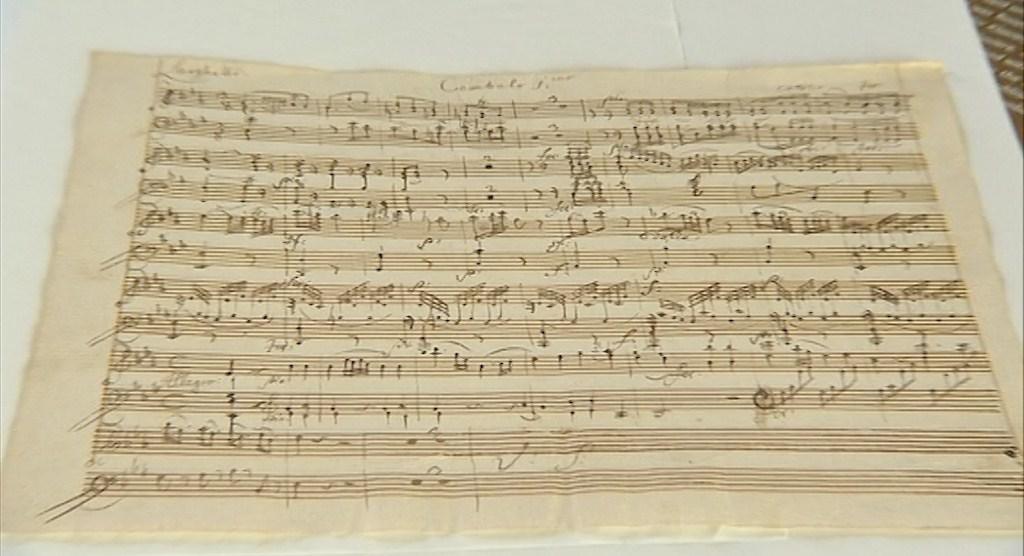 Sonátu pro dva klavíry Mozart nedokončil