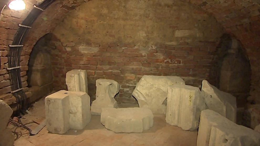 Lapidárium ve sklepení pod bazilikou
